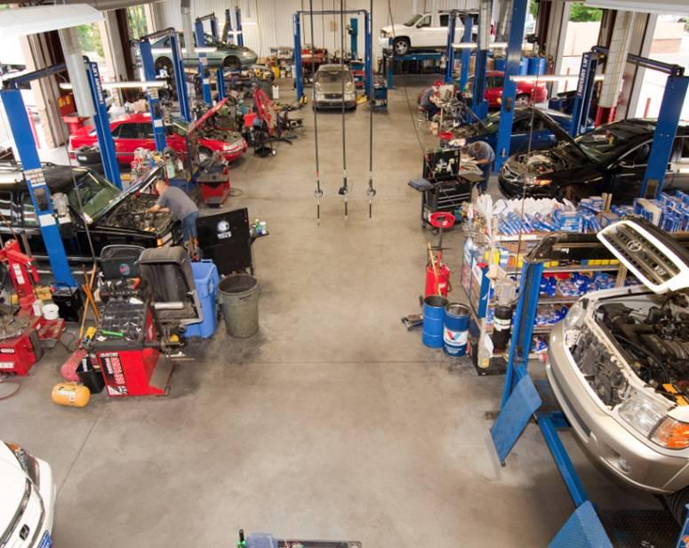 scotts-garage.jpg
